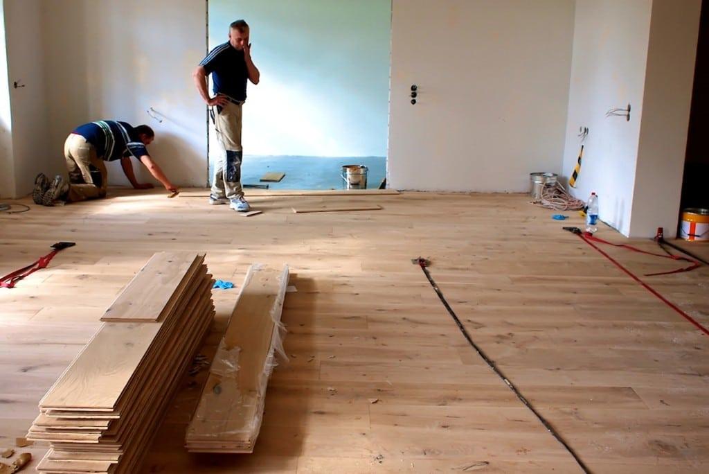 massivholzdielen eiche massivholzdielen einsatz massivholzdielen oberfl chen. Black Bedroom Furniture Sets. Home Design Ideas